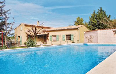 Photo for 3 bedroom accommodation in Moriéres-lés-Avignon