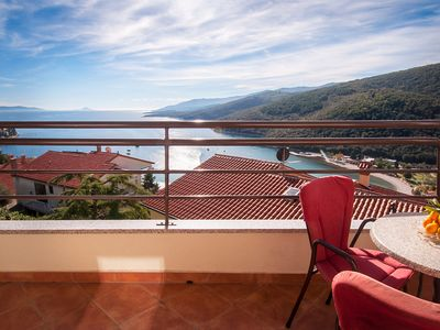 Photo for Sunny apartment with panoramic view