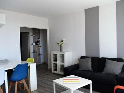 Photo for Apartment Les Sables-d'Olonne, 3 bedrooms, 6 persons