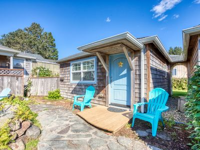 Photo for Upscale dog-friendly beach cottage just a block to the beach and close to town!