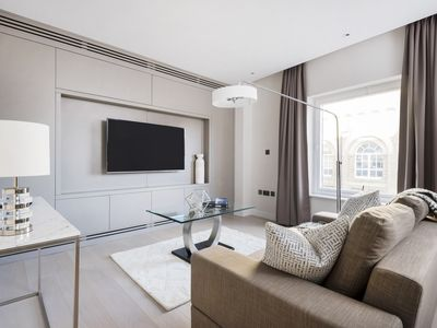 Photo for Deluxe 1BR in Westminster by Sonder