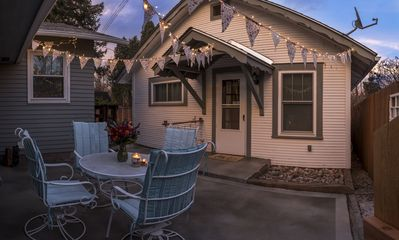 Photo for Delightful Cottage for all things Colorado Springs!