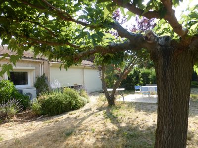 Photo for villa with pool in the heart of Luberon