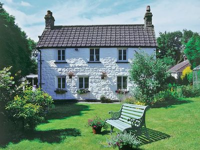 Photo for 4 bedroom property in Monmouth. Pet friendly.