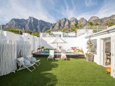Photo for 3 Bed Villa with pool, garden and panoramic views of Table Mountain and the sea.