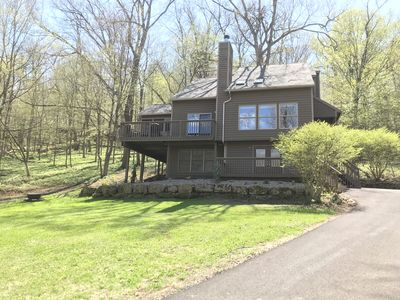 5 Bedroom Beautiful Private Eco-Friendly Home Nestled In The Woods