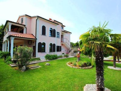 Photo for Apartment Zornic I 88 sqm, 4-6 persons, WiFi, air conditioning, parking, near Porec