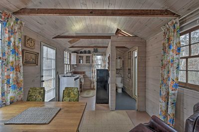 This property puts you in a prime location to explore Martha's Vineyard.