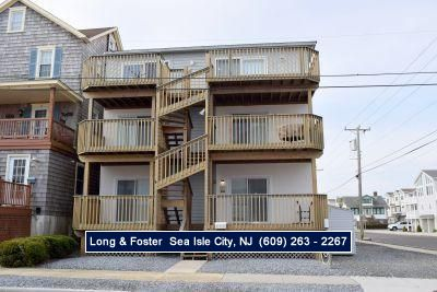Photo for Wow! Awesome location! 3rd off Promenade and beach. Cute, spacious condo with nice living space and front and rear decks.