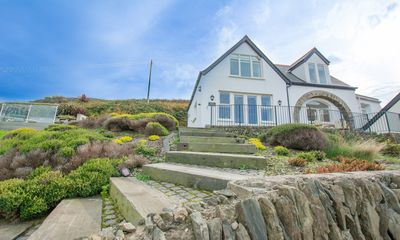 Photo for Stables Croyde | 4 Bedrooms / Sleeps 8 | Sea & Beach Views