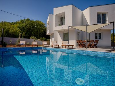 Photo for Super modern villa with swimming pool, luxuriously furnished, barbecue, quiet location