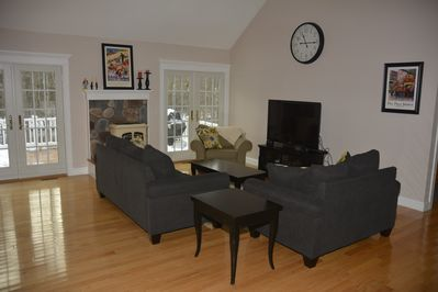 Family Room with big screen TV, cable and wifi