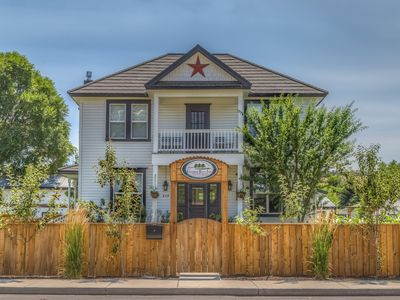 Photo for Southern Hospitality in the heart of Central Oregon!!