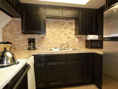 Photo for 2 bedroom 2 bath well appointed condo with pool in Casa Grande