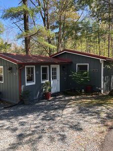 Photo for Cute cottage in Linville Land Harbor