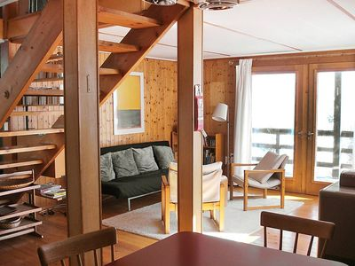 Photo for Apartment in the center of Laax with Parking, Internet, Washing machine, Garden (52473)