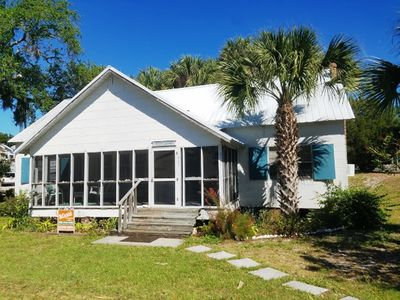 Photo for Pete's Retreat  3 bedroom 1.5 bath rental with direct beach access kayak launch