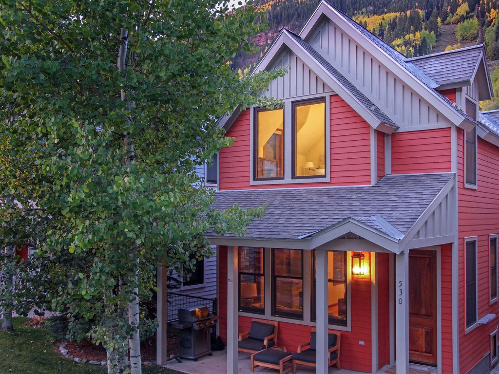 High end townhome in downtown telluride wit homeaway for Telluride colorado cabin rentals