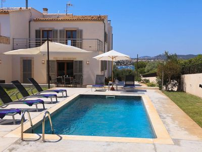 Photo for Portocolom Villa, Sleeps 6 with Pool, Air Con and WiFi