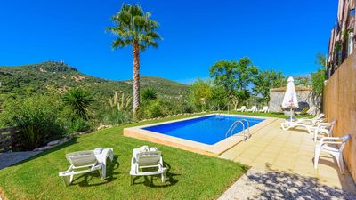 Photo for Holiday villa for 12 people in Cadiz province - WiFi provided