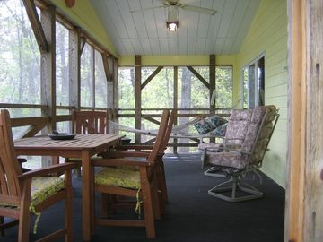 Seven Wooded Acres Of Private Family Friendly Cabin Life