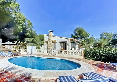 Photo for Detached holiday villa with private pool, sleeps 8 close to the beach, shops and other facilities.