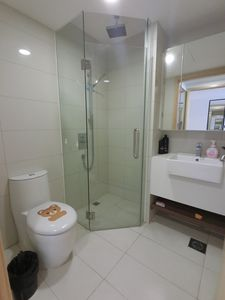 Photo for Amazing Spacious 2 Bedroom Apt Unit @ Boon Keng MRT Station Near Ochard ERS2B1