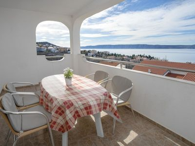 Photo for Lovely apartment for 4 guests with WIFI, A/C, pool, TV, balcony and parking