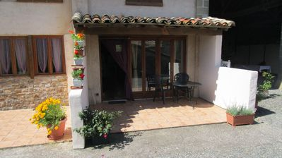Photo for Gîte for 2 people quiet, spacious, well equiped,  pool, jacuzzi near Albi Cordes