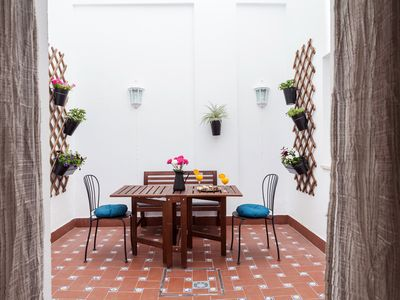 Photo for 2BR Apartment Vacation Rental in Sevilla, Andalucía