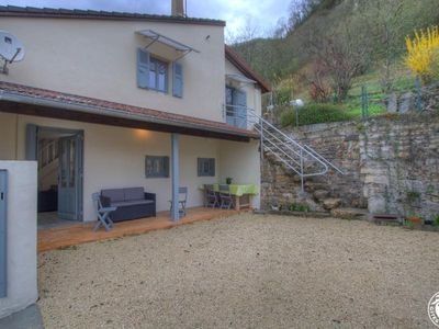 Photo for Gite Saint-Sorlin-en-Bugey, 2 bedrooms, 4 persons