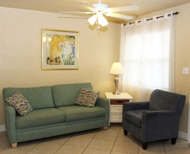 Photo for Perfect Location, Walk to Pier 60, Full Kitchen