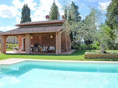 Photo for Stunning private villa for 6 guests with WIFI, private pool, A/C, TV, panoramic view and parking