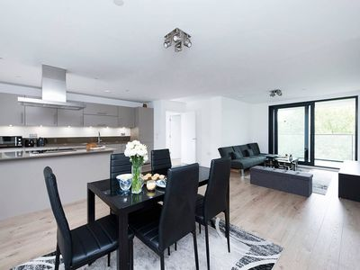 Photo for Gorgeous 2BR apartment in South East London!