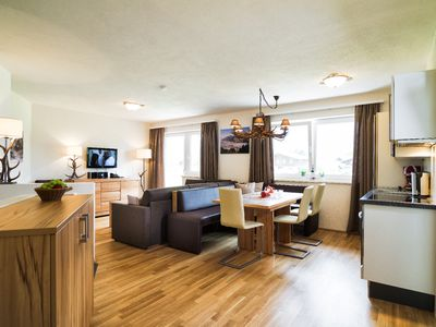 Photo for Apartment with mountain view for 6-8 pers, Zell am See Summercard incl, near mountain railway