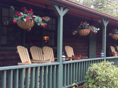 Photo for PERFECT LOCATION:  Romantic cabin, sleeps 7, Minutes walk to town square