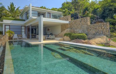 Photo for Luxury 4 Bedroom Villa with wonderful sea view