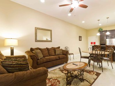 Photo for Deluxe first floor 3 bedroom in small boutique condo complex just steps to the beach - Cara del Sol 10