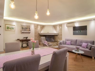 Photo for Vacation home Keti in Makarska - 4 persons, 2 bedrooms