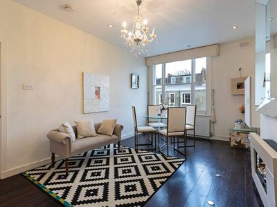 Photo for Elegant & Warm 2-Bed Apt, 2 mins to Earl's Court