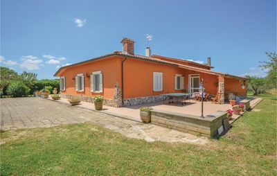 Photo for 4 bedroom accommodation in Canale Monterano -RM-