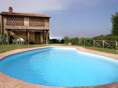 Photo for Il Porcello Villa, Sleeps 6 with Pool, Air Con and WiFi