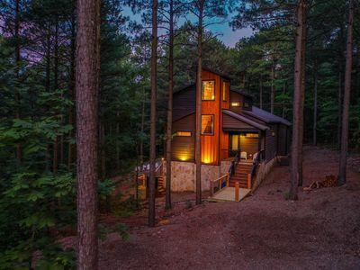 Photo for Brand New, Treetop Cabin! 4Bed; 4Bath; Sleeps 12; Hot Tub; Fireplace; Pool Table