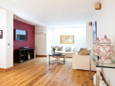 Photo for Beautiful Notting Hill home close to Kensington Palace and Hyde Park