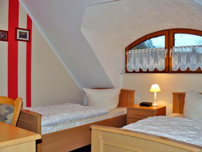 Photo for Double room + extra bed - family-friendly pension with leisure facilities