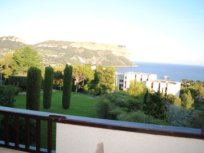 Photo for Magnificent views of the Cape Canail in quiet residence with tennis and swimming pool