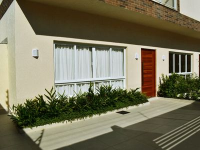 Photo for Beautiful house with private pool, with 04 suites with air conditioning