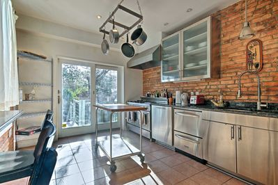 This 1,900-square-foot, townhome features a newly renovated kitchen.