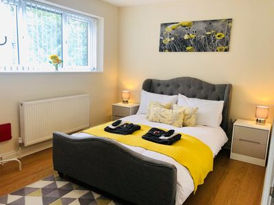 Photo for The Vinery - Cosy Modern Cambridge Apartment. Sleeps up to 3
