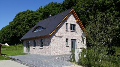 Photo for Holiday home pirates on Rügen, new building, 350m from the 10km long sandy beach Schaabe